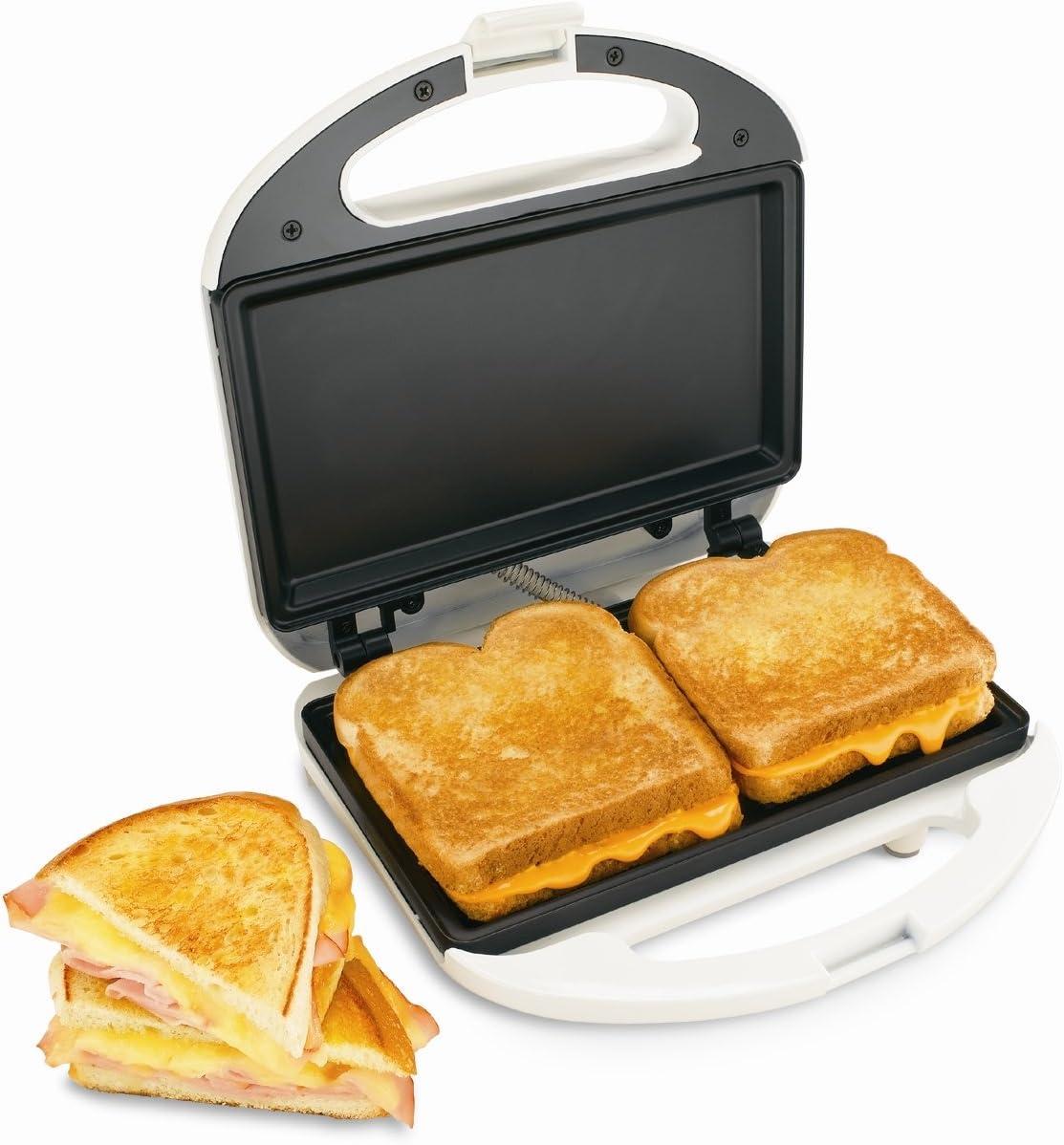 Amazon Com Proctor Silex Sandwich Maker White Electric Sandwich Makers Kitchen Dining