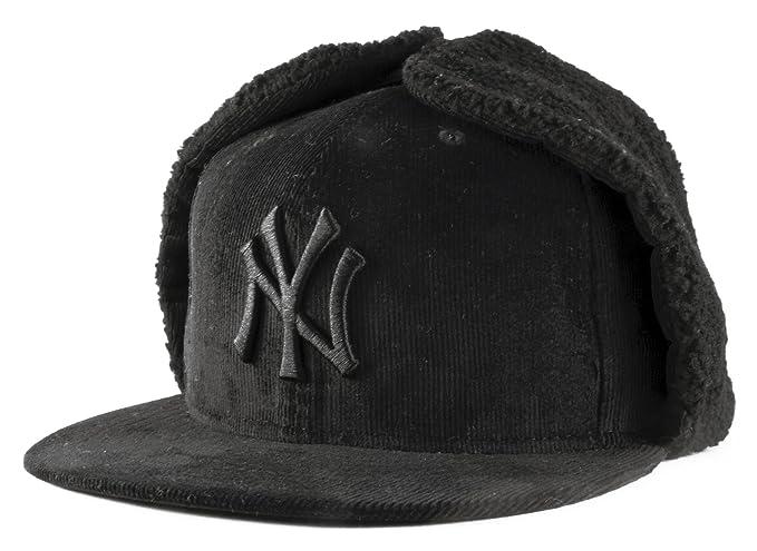 New Era 59Fifty New York Yankees MLB DogEar Nero su Nero Misura Cappello da  baseball Dimensione 7 3 8  Amazon.it  Abbigliamento 3c94f7bc92b4