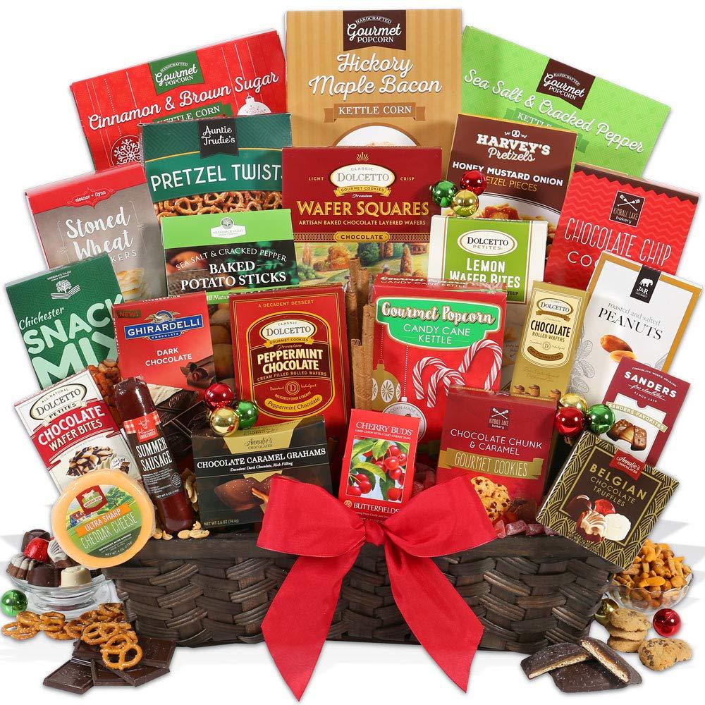 Amazon.com : Christmas Gift Basket Deluxe : Gourmet Snacks And Hors ...