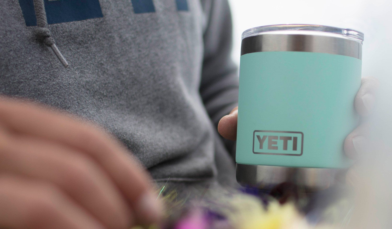 YETI Rambler 10oz Vacuum Insulated Stainless Steel Lowball with Lid, Seafoam DuraCoat by YETI (Image #7)