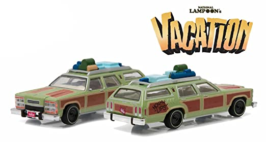 "Review Greenlight 44730-A 1979 Family Truckster ""Wagon Queen"" Honky Lips Version ""National Lampoon's Vacation"" Movie (1983) 1/64 Scale"