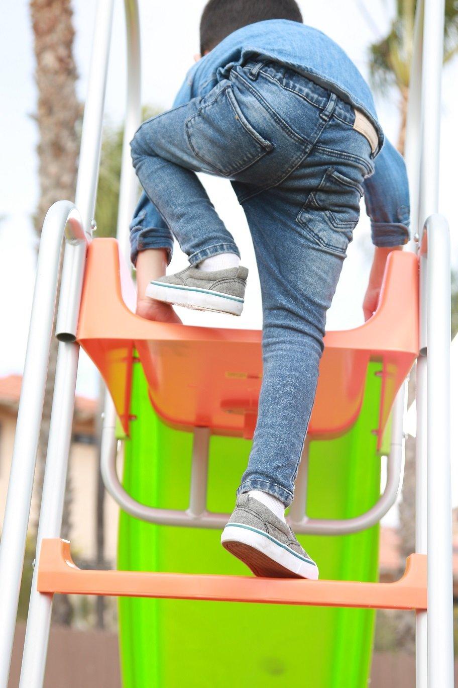 SLIDEWHIZZER Outdoor Play Set Kids Slide: 10 ft Freestanding Climber, Swingsets, Playground Jungle Gyms Kids Love - Above Ground Pool Slide for Summer Backyard by SLIDEWHIZZER (Image #8)