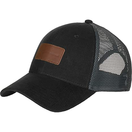 Under Armour UA Outdoor Performance Trucker Cap One Size Black  Amazon.ca   Sports   Outdoors 975a5e0438c