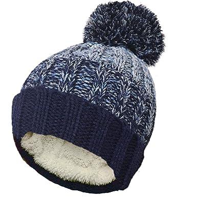 TOSKATOK® Unisex Mens Ladies Warm Winter POM POM Striped Beanie HAT with  Cosy Fleece Lining-Navy Grey  Amazon.co.uk  Clothing df1d0d8e57e