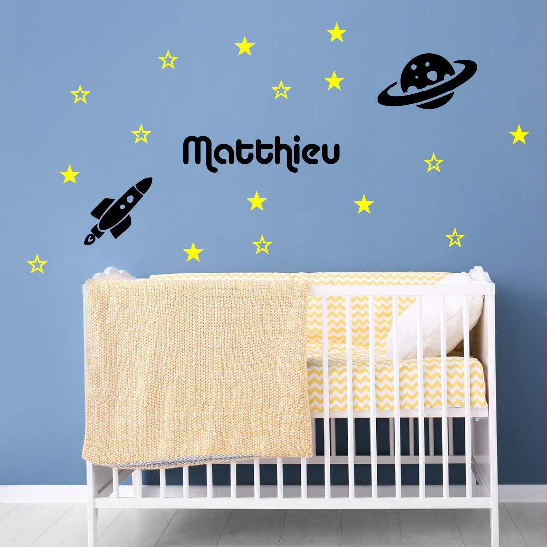 /étoiles, plan/ète et fus/ée + pr/énom Stickers mural dans lespace D/écoration mur chambre enfant//b/éb/é 14 couleurs au choix.