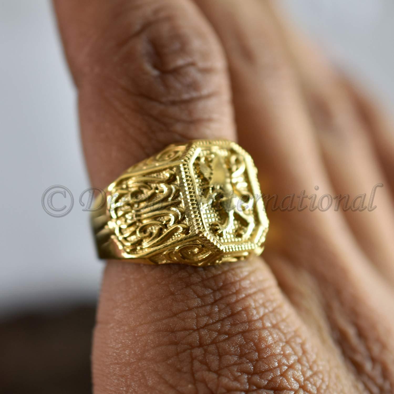 8812fe49254af Lion yellow gold big signet ring, Beast king ring, Lion mens ring, Large  gold signet ring, Lion ring, Signet ring man, Unique mens gift Ring