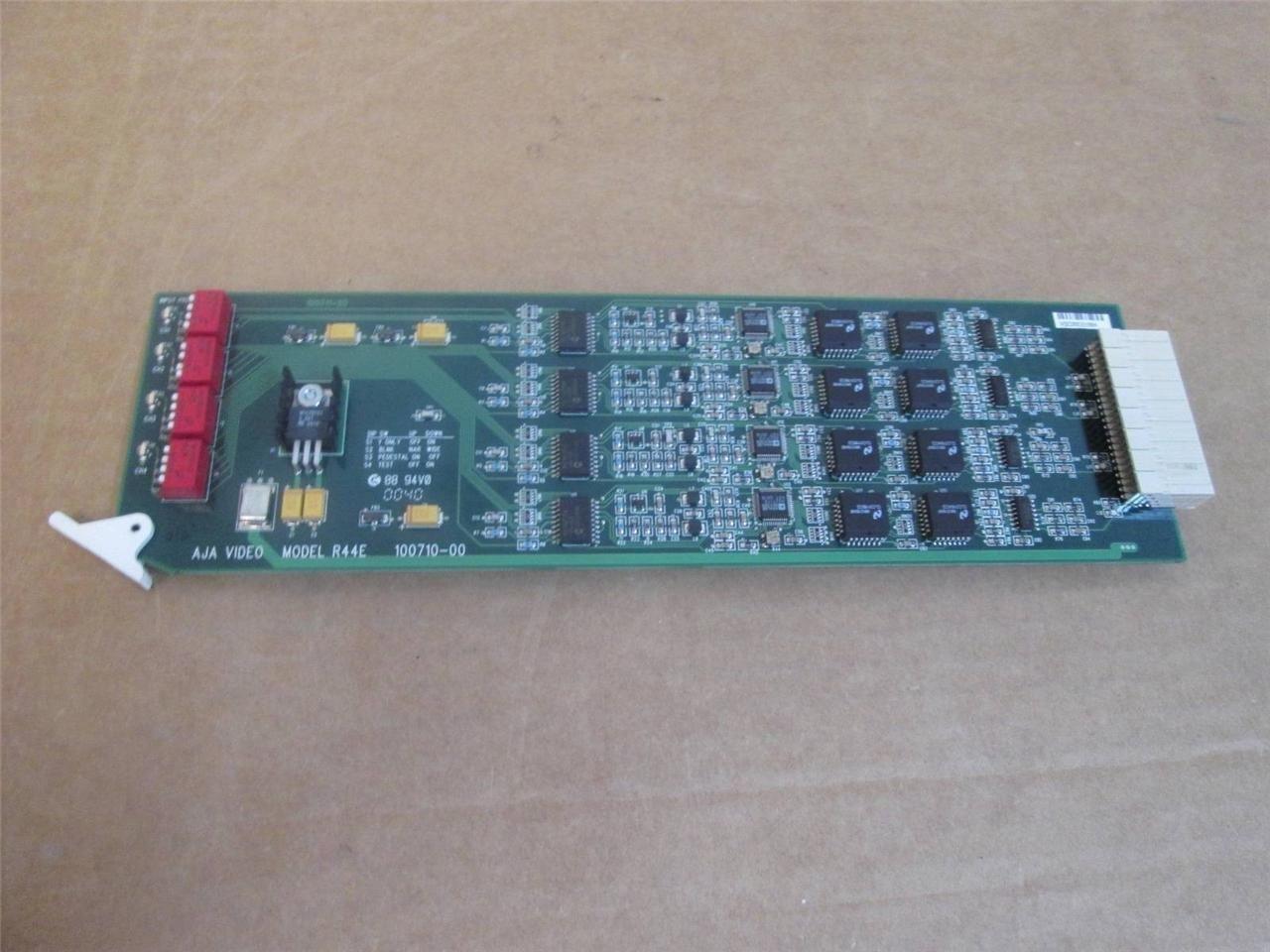 AJA R44E 4-Channel D/A Converter (SDI to NTSC/PAL) (R44E)