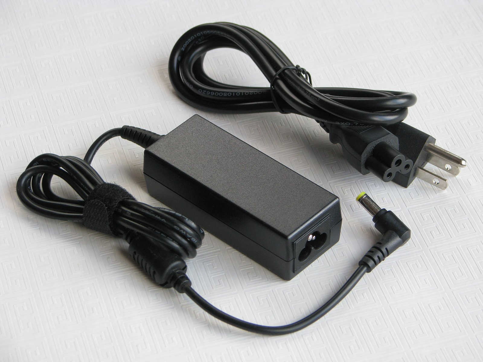 Brand New AC Adapter Battery Charger ( 45W ) Power Supply Cord for Toshiba Portege (Portégé) Z930-08E Complete Computing Laptop/Notebook PC Computer [ Merchant & Seller: Micro_Power_Source ( MPS )]