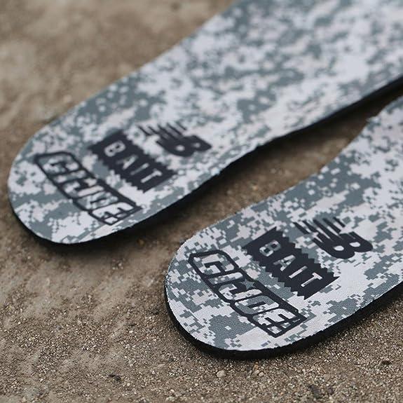 2ab2061897578 Amazon.com   New Balance x G.I. Joe x Bait Men H710GI1-710 Outdoor Roadblock  Limited Edition   Fashion Sneakers