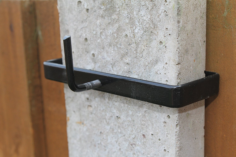 4 x Concrete Post Clips