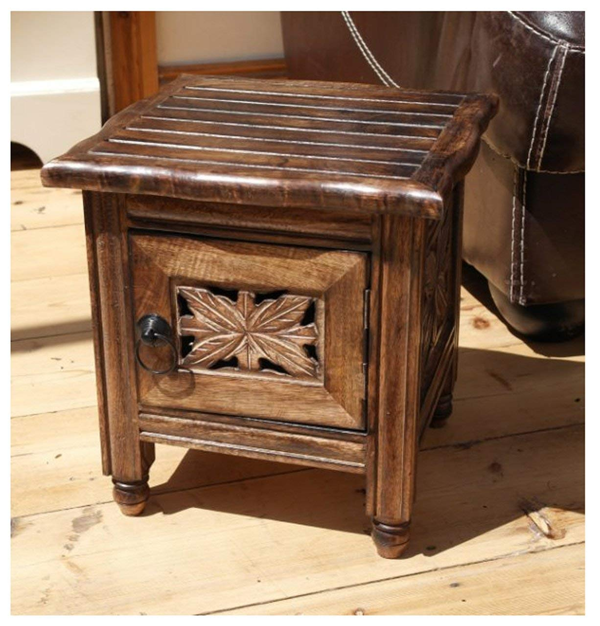 Classic Indian Wooden side table Vectis