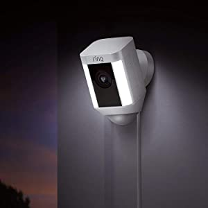 Ring Spotlight Cam Wired, HD-beveiligingscamera met led-spots, alarm, tweeweg-audio, EU-stekker, wit