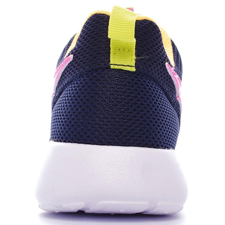 Nike Rosherun Size 3.5 Gs
