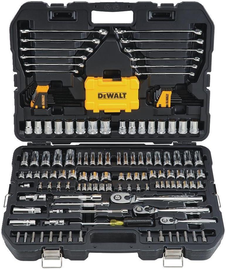 德沃特力理工具套件和插座套装