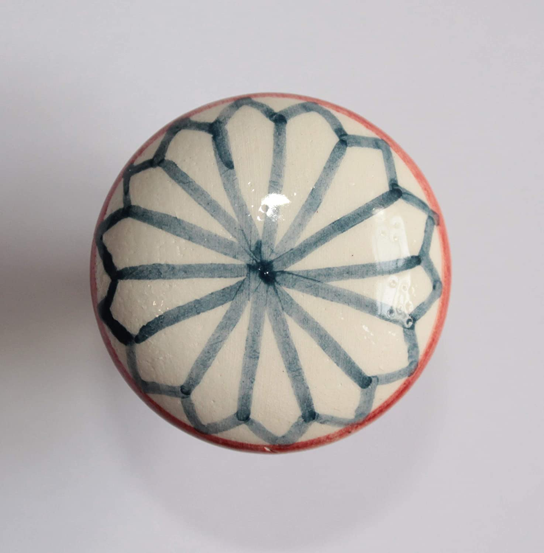 Tapon para botellas en ceramica hecha a mano, dimensiones cm 4 y de alto cm 5. Hecho en Italia, Toscana, Lucca. Creado por Davide Pacini.