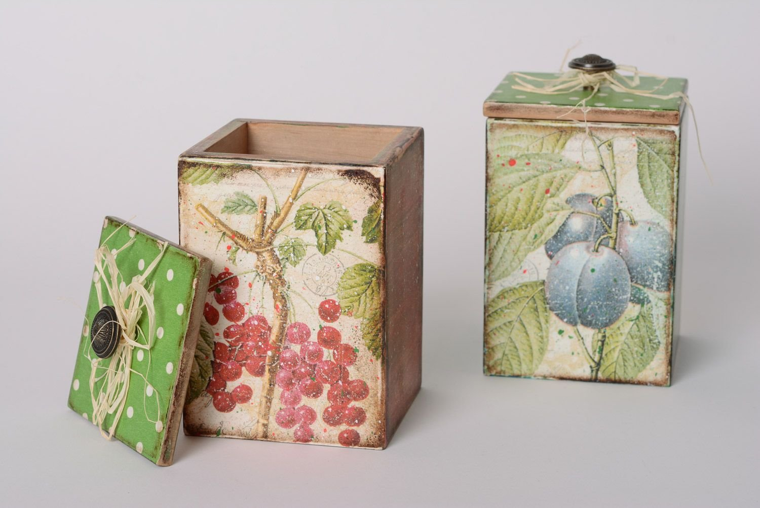 Set Of Handmade Decoupage Wooden Boxes For Bulk Products 2 Pieces by MadeHeart | Buy handmade goods