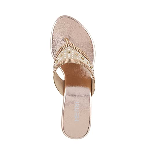 a0d800af52bd5 Metro Women Beaded Sandals  Buy Online at Low Prices in India - Amazon.in