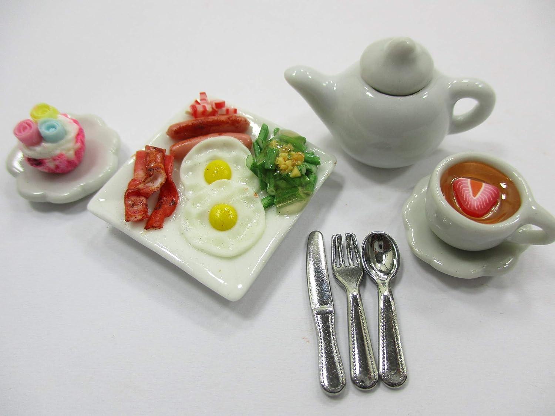 2 White Mini Gravy Boat Dollhouse Miniatures Kitchenware Supply Food