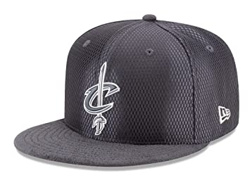 best service 67e03 81918 Image Unavailable. Image not available for. Colour  Cleveland Cavaliers New  Era 9FIFTY NBA 2017 On-Court  quot Graphite quot  Snapback Hat