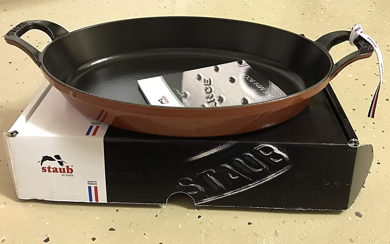 Staub 12.5 Inch Oval Roasting Dish, ROUGE