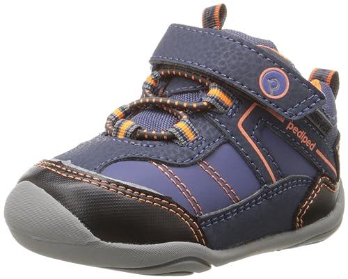 b2f12e540a7 pediped Boys  Max Pull-On Boot  Amazon.ca  Shoes   Handbags