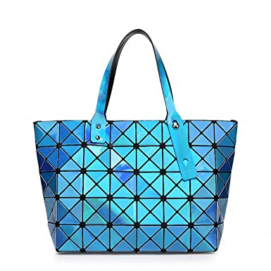 d1a9ca3553 Amazon.com  Women Handbag Holographic Mirror Geometric Shoulder Bag Famous Brand  Designer Handbags Tote Luxury Quilting Bags Blue  Clothing