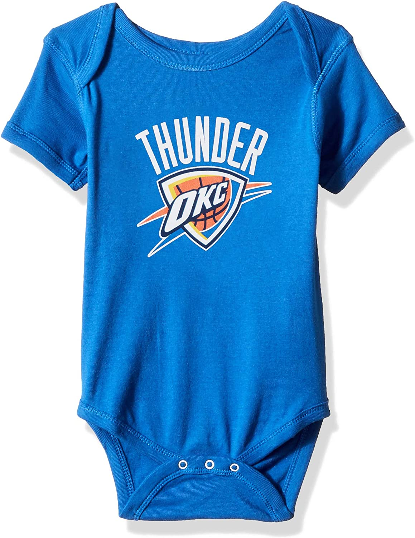 NBA by Outerstuff NBA Newborn /& Infant Primary Logo Short Sleeve Bodysuit