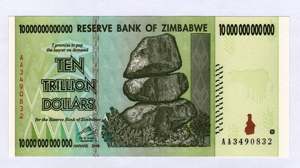 Zimbabwe 10 trilliones sindicalista Bill dinero inflación récord billetes de moneda Zimbabwe Central Bank Zim 10 Trl