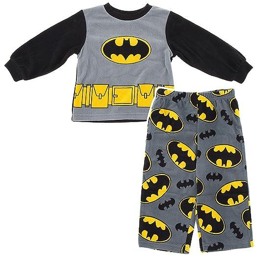 Amazon.com  DC Comics Boys 2T-4T Batman Pajama Set  Clothing 933fe6791