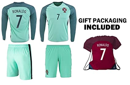 60efc4faa Amazon.com   Ronaldo Jersey  7 Portugal LONG Sleeve Youth Soccer .
