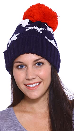 327b1e43bdb00a Simplicity Womens Vintage-Look Warm Slouch Knit Beanie Red/Blue at Amazon  Women's Clothing store: Skull Caps