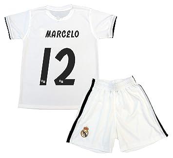 051267fe2 Real Madrid Kit Camiseta y Pantalón Primera Equipación Infantil Marcelo  Producto Oficial Licenciado Temporada 2018-2019  Amazon.es  Deportes y aire  libre