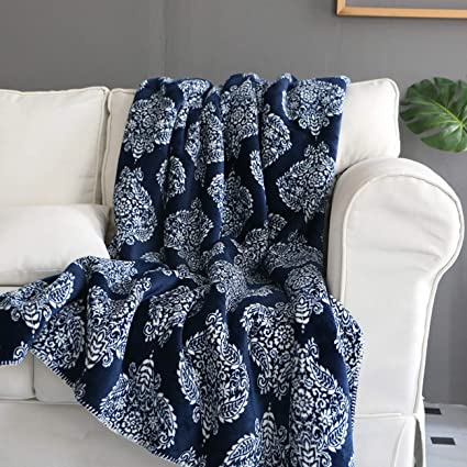 24 Pack Soft Warm Fleece Blanket Or Throw Blanket 50 X 60 Inch Red Sturdy Construction Blankets & Throws Home & Garden