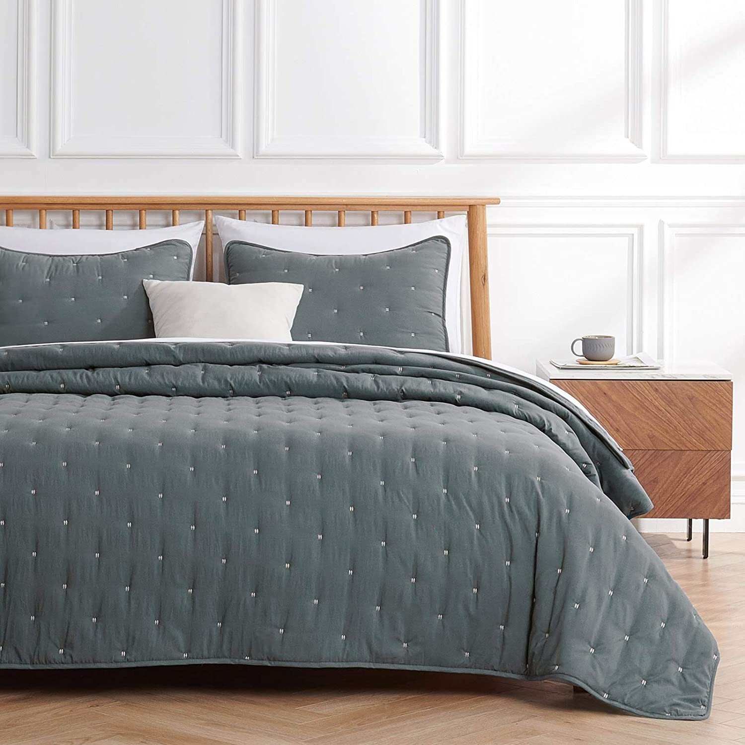 VEEYOO Quilt Sets Queen Bedspread - Charcoal Quilt Queen (92x92 inches) Unique Stitches Pattern Quilting Bedspread, 3-Piece Lightweight Coverlet for All Season, 1 Quilt 2 Shams
