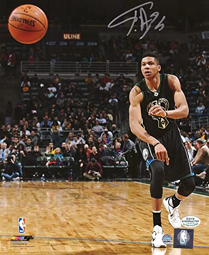 Giannis Antetokounmpo Autographed Signed Milwaukee Bucks NBA 8x10 Photo -  Passing in Black Jersey 0f7f187be