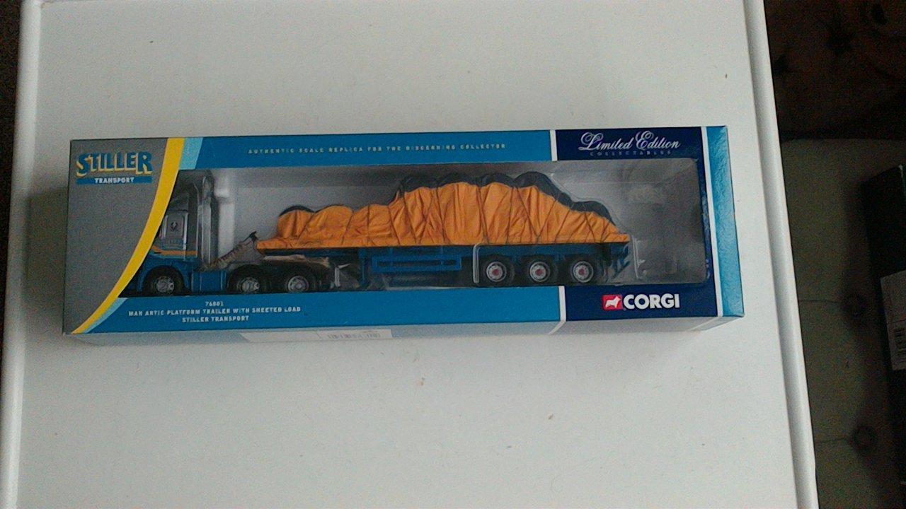 despacho de tienda Corgi 1 50 Scale Scale Scale 76801 MAN Artic Platform Trailer & Sheeted Load Stiller Trans.  edición limitada en caliente