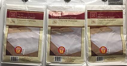 Amazon.com: Twin Size Waterproof Mattress Cover   Hypoallergenic