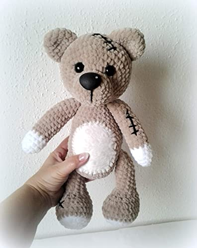 Honey teddy bears in love: crochet pattern - Amigurumi Today | 500x396