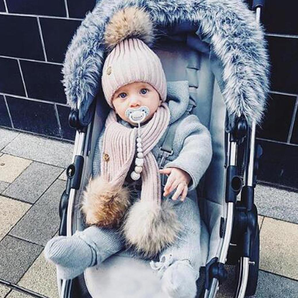 ZARU Pompon Lindo bebé de Invierno para niños Muchachos de Las niñas  calientan Gorros de Lana (Gris  2)  Amazon.es  Juguetes y juegos 53ebdf7a3ee