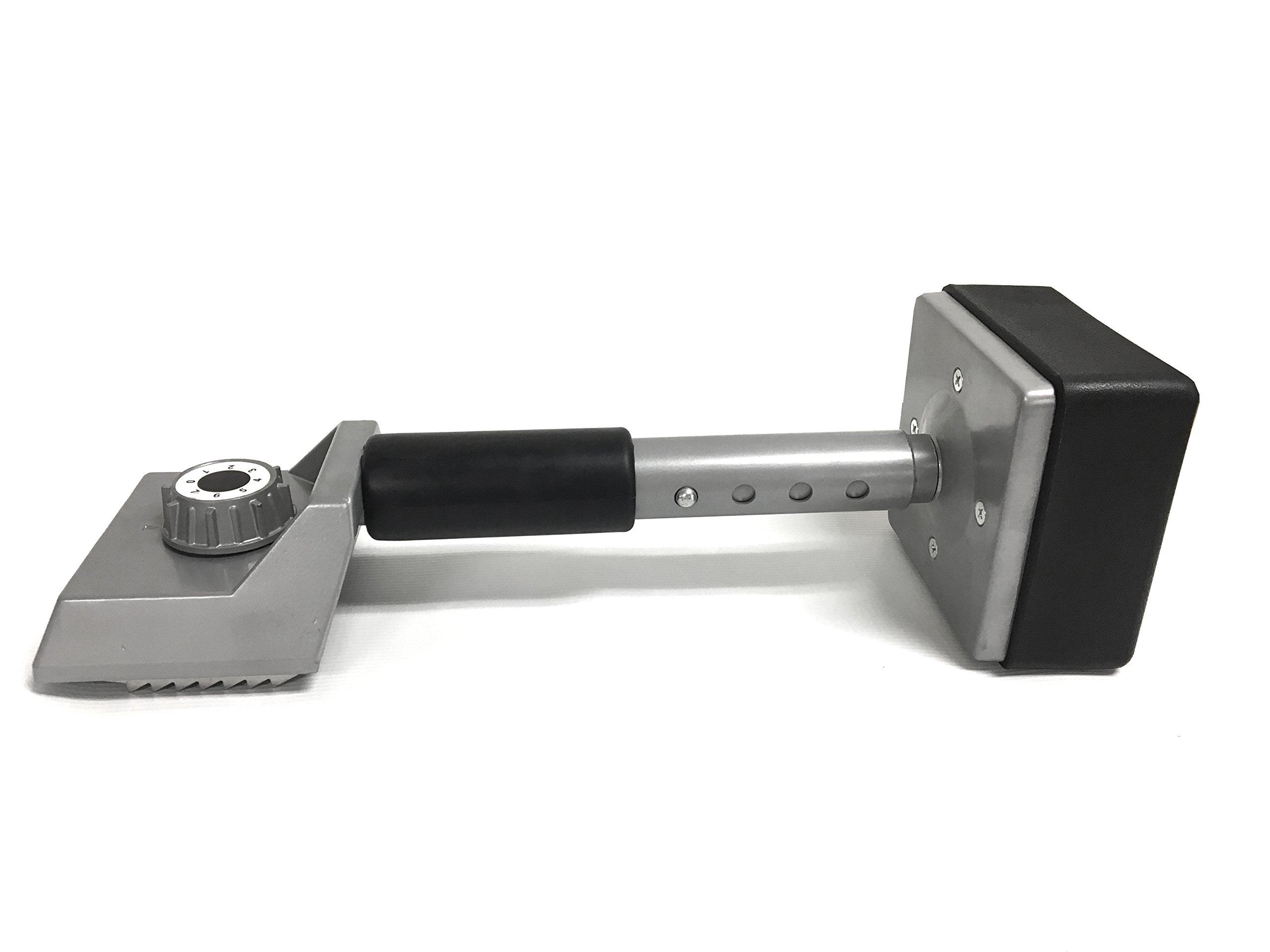 MaxWorks 80742 Carpet Stretcher Knee Kicker with Telescoping Handle, Regular, Black