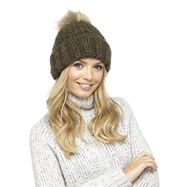 157108938ebc8f Ladies Chunky Knit Hat with Metallic Sparkle and Faux Fur Bobble:  Amazon.co.uk: Clothing