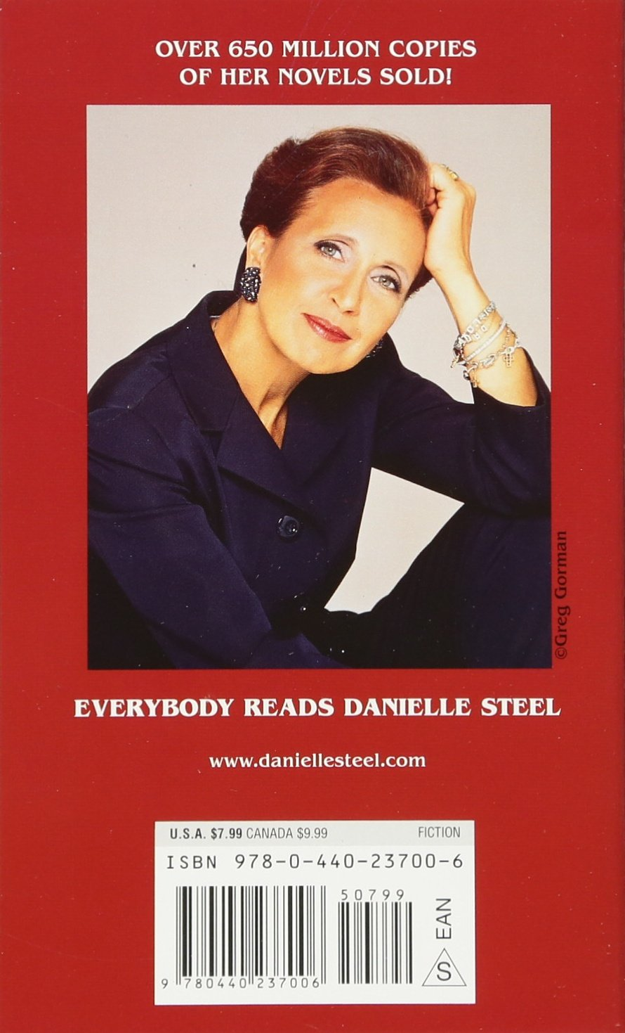 The wedding by danielle steel - The House On Hope Street Danielle Steel 9780440237006 Amazon Com Books