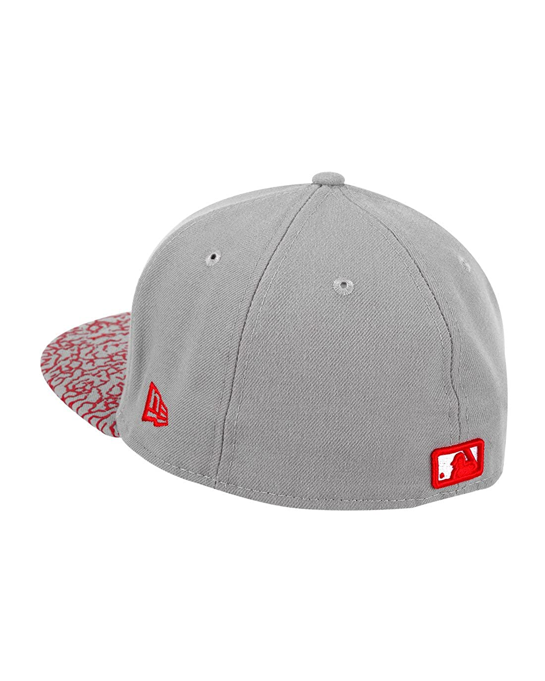 New Era 59fifty Chicago Cubs Crackle Visor Light Grey Red Flat Peak Fitted  Cap  Amazon.co.uk  Clothing cfb0419bb4b
