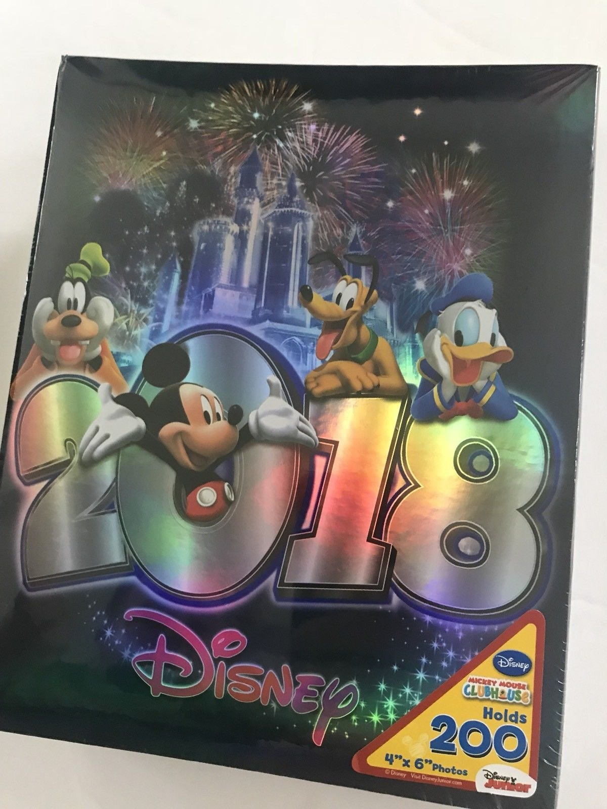 Disney Mickey Mouse 2018 Castle 200 Picture Photo Album 4x6