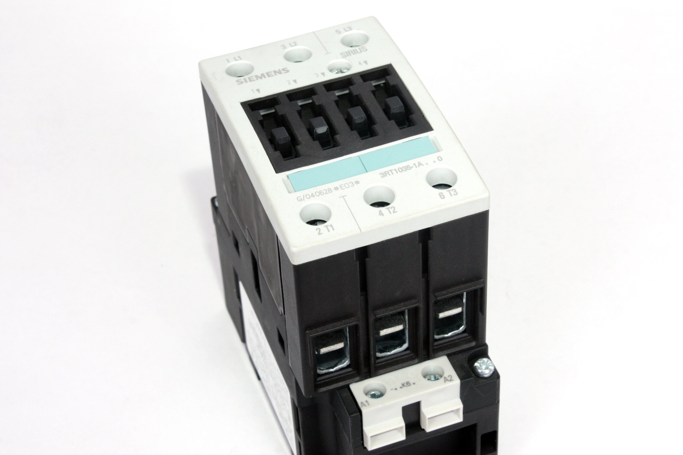 Siemens 3RT1035-1AK60 IEC Contactor Size S2, 50 AMP with a 110v50Hz/120v60Hz coil