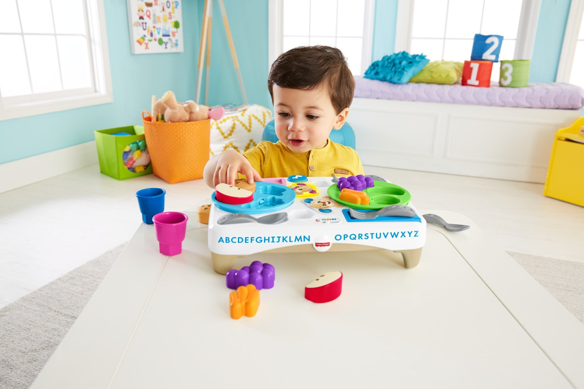 Fisher-Price FBM90 Say Please Snack Set, Laugh and Learn Toddler Kitchen and Food Role Play Toy, Suitable for 18 Months Plus by Fisher-Price (Image #5)