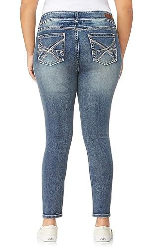 9e2f3315642 Amazon.com  WallFlower Women s Plus-Size Embellished Pocket Luscious Curvy  Skinny Jeans  Clothing
