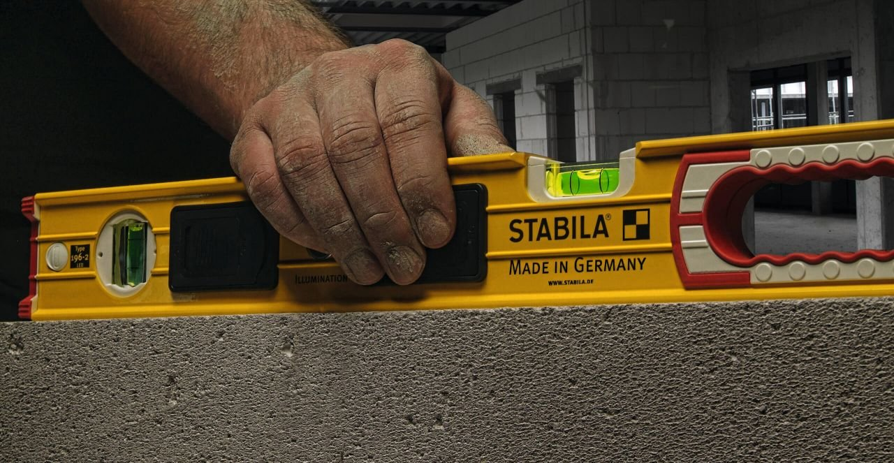 Stabila Level Set Kit Type 196-2 LED 48'' and 24'' Levels with Lighted Vials by Stabila (Image #6)