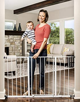 Regalo Easy Open Extra Wide 47 Inch Baby Gate Includes 4 Inch And 12 Inch Extension Kit 4 Pack Pressure Mount Kit And Wall Mount Kit Amazon Ca Baby