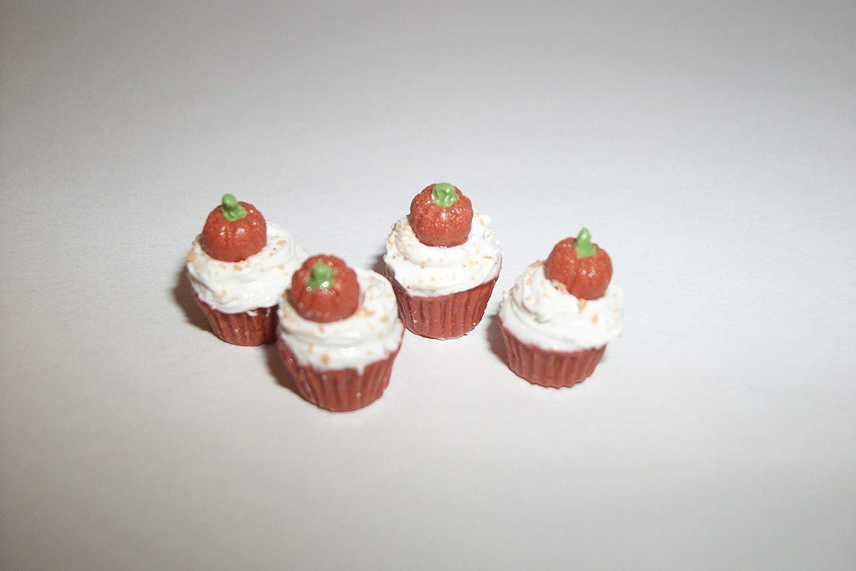 Dollhouse Miniature A161 1:6 Play Scale Doll Fake Food Pumpkin Cupcakes